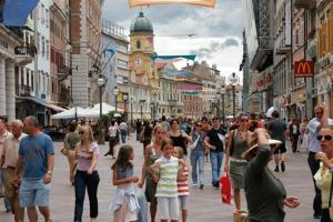 Travelpointcentar Fiume 1, Ferienwohnungen  Rijeka - big - 4