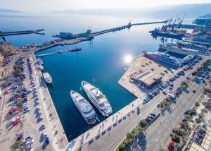 Travelpointcentar Fiume 1, Ferienwohnungen  Rijeka - big - 3