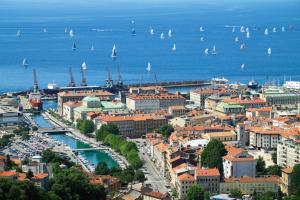 Travelpointcentar Fiume 1, Ferienwohnungen  Rijeka - big - 11