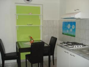 Apartments Besedić, Apartmány  Mandre - big - 4