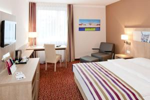 Mercure Hotel Hamburg am Volkspark (ех. Novotel Hamburg Arena), Гамбург