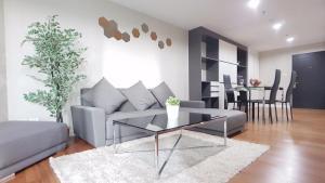 Grand Royal Eclipse Luxury, Apartments  Bang Kapi - big - 29