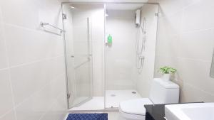 Grand Royal Eclipse Luxury, Apartments  Bang Kapi - big - 57