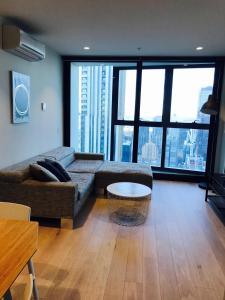 Apartments Melbourne Domain CBD Lofts