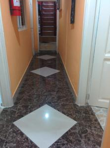 hegis apartment, Appartamenti  Accra - big - 27