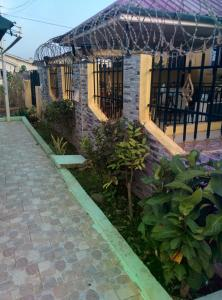 hegis apartment, Appartamenti  Accra - big - 22