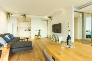 Zen Experience by Valar Properties, Апартаменты  Бухарест - big - 36