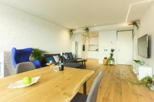 Zen Experience by Valar Properties, Апартаменты  Бухарест - big - 37