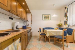 Villa Tina, Appartamenti  Porec - big - 3