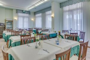 Hotel Austria, Hotels  Caorle - big - 83
