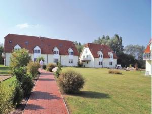 Apartment Insel Poel-OT Gollwitz 69 with Children Playground