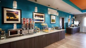Best Western Plus Lonestar Inn & Suites, Hotely  Colorado City - big - 20