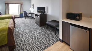 Best Western Plus Lonestar Inn & Suites, Hotely  Colorado City - big - 26