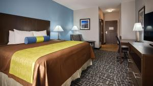 Best Western Plus Lonestar Inn & Suites, Hotely  Colorado City - big - 27