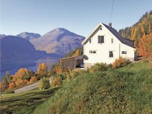 Holiday home Valldal Ytterli/Fjørå