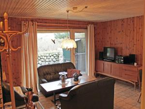 Two-Bedroom Apartment Westerheide 07