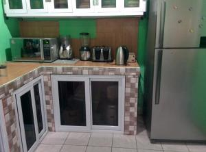 hegis apartment, Appartamenti  Accra - big - 12