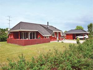 Holiday home Vestparken In Dnmk