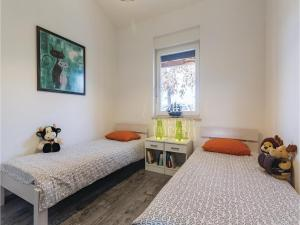 Three-Bedroom Holiday home Marcana with a Fireplace 09, Prázdninové domy  Marčana - big - 22
