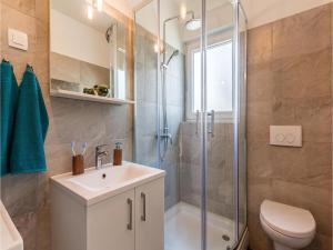 Three-Bedroom Holiday home Marcana with a Fireplace 09, Prázdninové domy  Marčana - big - 5