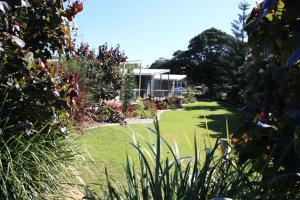 Fingal Bay Holiday Park - , New South Wales, Australia