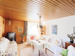 One-Bedroom Apartment Hess. Oldendorf 04