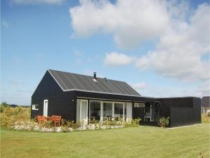 Three Bedroom Holiday Home in Brovst