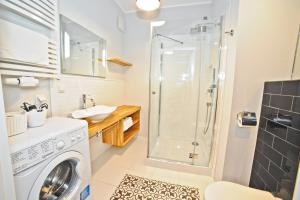 Bursztynowa Apartments, Ferienwohnungen  Danzig - big - 12