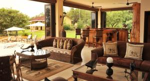 Legodimo Game Lodge, Lodges  Moloto - big - 11