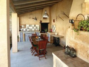 Three-Bedroom Holiday Home in Ariany