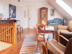 Four-Bedroom Apartment in Hemse, Ferienwohnungen  Hemse - big - 4