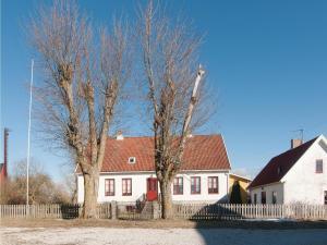 Four-Bedroom Apartment in Hemse, Ferienwohnungen  Hemse - big - 19