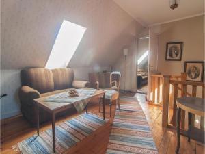 Four-Bedroom Apartment in Hemse, Ferienwohnungen  Hemse - big - 5