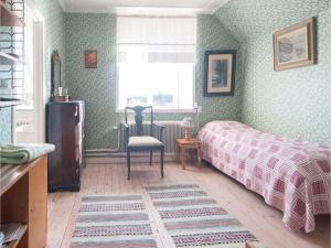 Four-Bedroom Apartment in Hemse, Ferienwohnungen  Hemse - big - 10