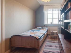 Four-Bedroom Apartment in Hemse, Ferienwohnungen  Hemse - big - 9