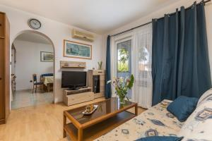 Villa Tina, Appartamenti  Porec - big - 11