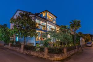 Villa Tina, Appartamenti  Porec - big - 34
