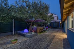 Villa Tina, Appartamenti  Porec - big - 36