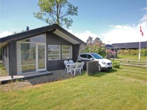Two Bedroom Holiday home with a Fireplace in Haderslev