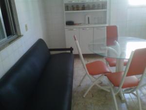 apartamento na praca das aguas em cabo frio, Apartmanok  Cabo Frio - big - 17