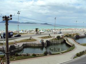 apartamento na praca das aguas em cabo frio, Apartmanok  Cabo Frio - big - 15