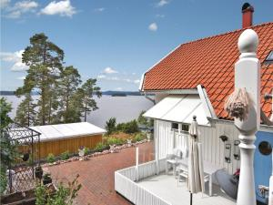 Holiday Home Alingsås with Fireplace 11