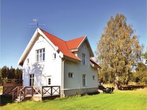 Studio Apartment in Lyrestad