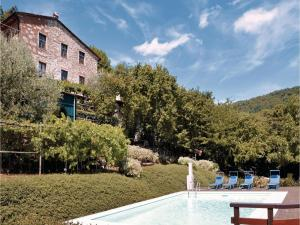 Three-Bedroom Apartment Camaiore -LU- with a Fireplace 05 - Fibbialla