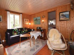 A Picture of Two Bedroom Holiday Home in Kyrkesund