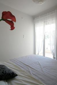 Seaside Maisonette in Afroditi Apartments, Ville  Melission - big - 31