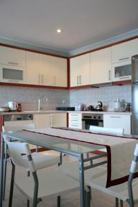 Seaside Maisonette in Afroditi Apartments, Villen  Melission - big - 21