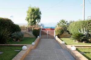 Seaside Maisonette in Afroditi Apartments, Ville  Melission - big - 4