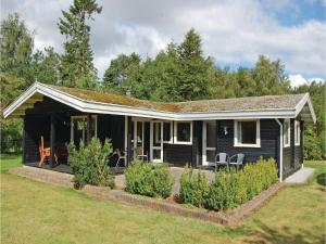 Holiday home Fårvang 36