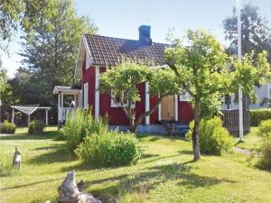 One Bedroom Holiday Home in Sjotorp